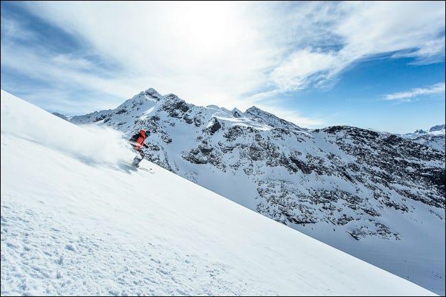 Foto eines Skifahrers
