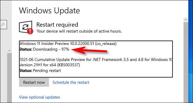 Der Fortschritt des Downloads der Windows 11-Vorschau wird in Windows Update angezeigt.