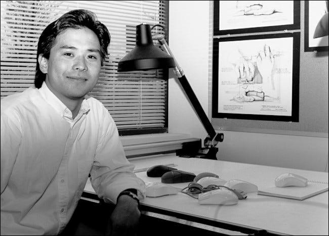 Steve Kaneko entwirft Mäuse bei Microsoft, Anfang der 1990er Jahre.