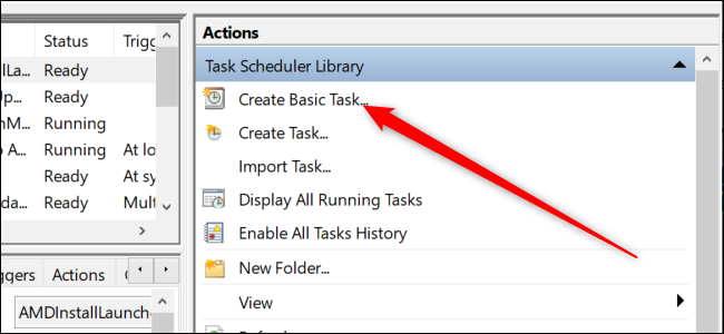 """Taskplaner von Windows 10 mit einem roten Pfeil, der auf das zeigt """"Einfache Aufgabe erstellen"""" Möglichkeit."""