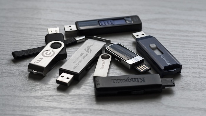 ultimative-anleitung-macbook-batterie-usb-geräte
