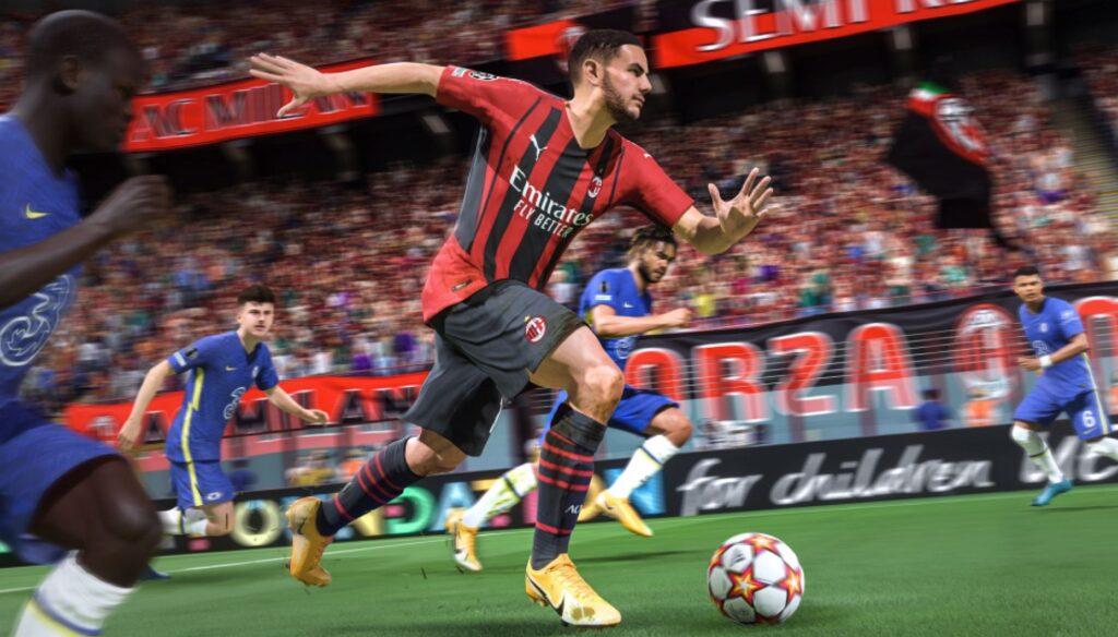 AC Milan-Spieler dribbelt den Ball in FIFA 22